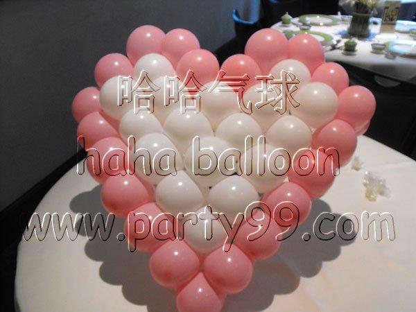 用气球做出各种可爱的造型,让我们的婚礼,情人节,更