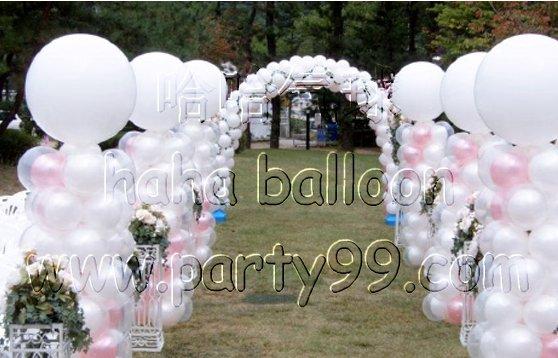 鲜花气球艺术拱门壹座(可置换成迎宾拍照墙);